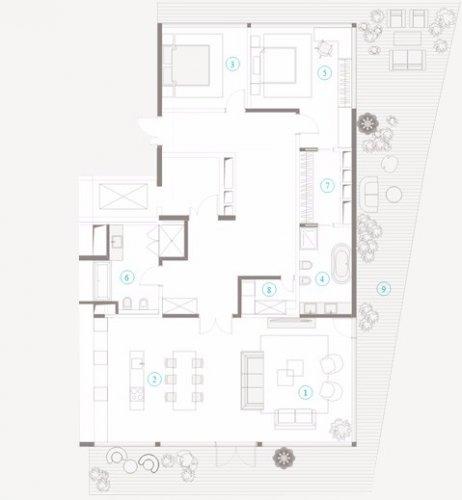 3-х комнатная квартира на 4-ом этаже, ПЕНТХАУС в Полянка 44